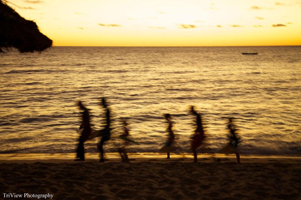 Octopus-beach-resort-Fiji---family