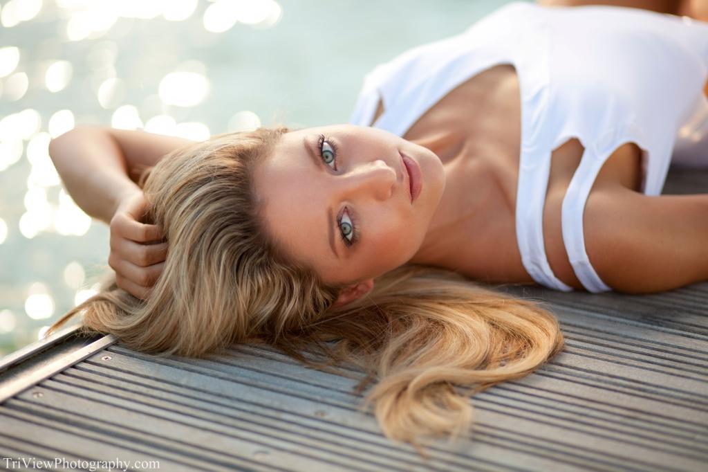 Model Jess Nugent